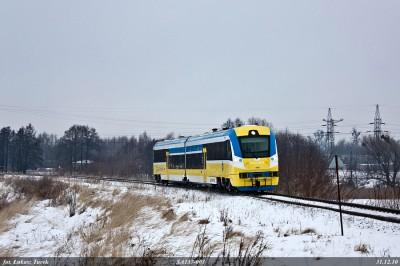 SA137 pokonuje łuk za Kluczborkiem (fot. Łukasz Turek)
