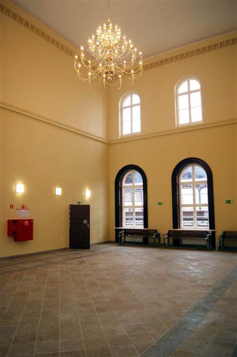 Dworzec w Brzegu